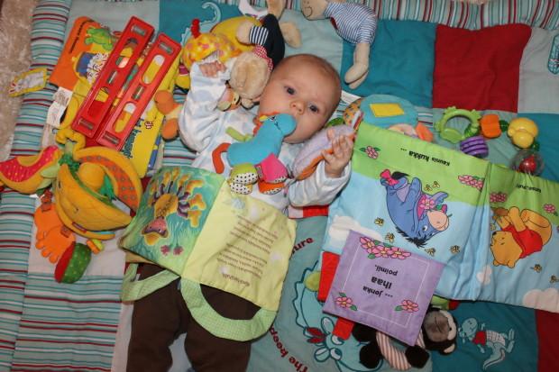 Sisko antoi muutaman lelun