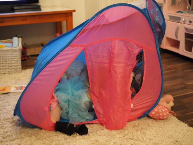 Pysyykö teltta kasassa..?