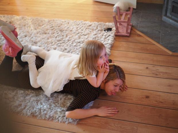 Amalia ja äiti