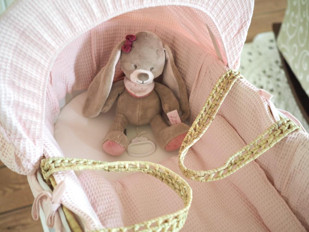 vauvan kehto