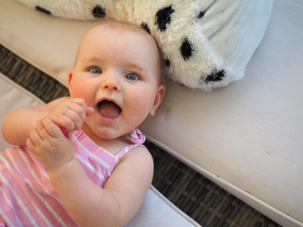 vauva 9 kuukautta