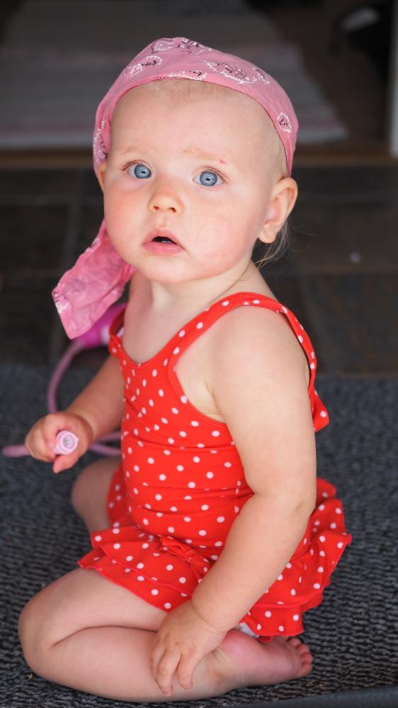 vauva 10 kuukautta